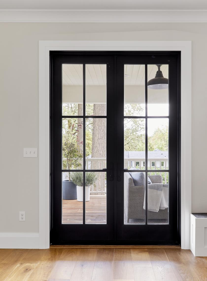 why we love these black framed windows