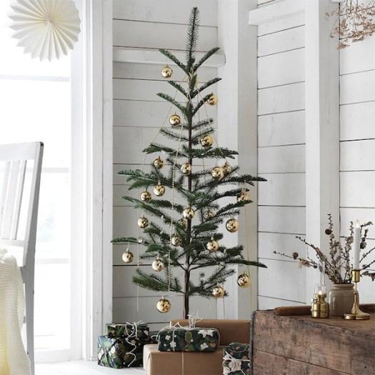 Pequeño árbol de navidad VINTER de IKEA
