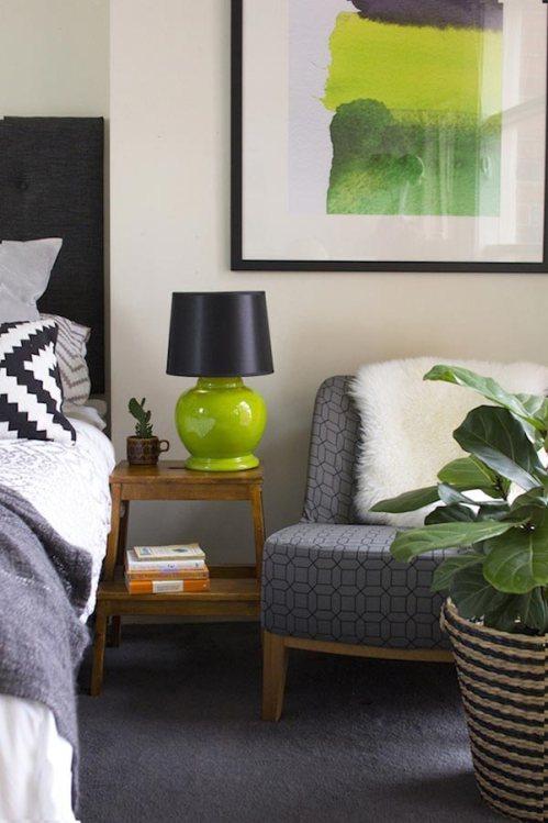 Ikea'dan Bekvam tabure ile yapılmış bir komidin