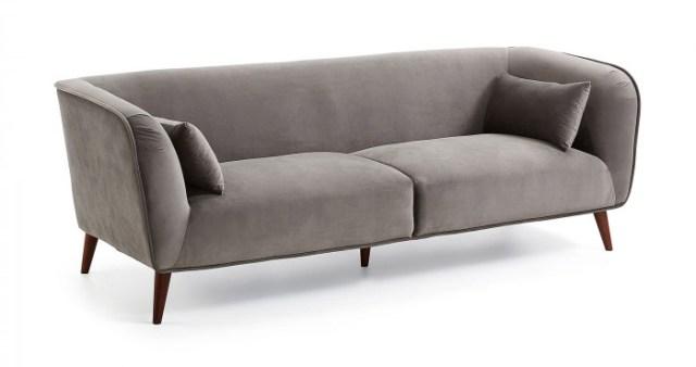 Küçük oturma odaları için mükemmel olan gri kumaş döşemeli kanepe