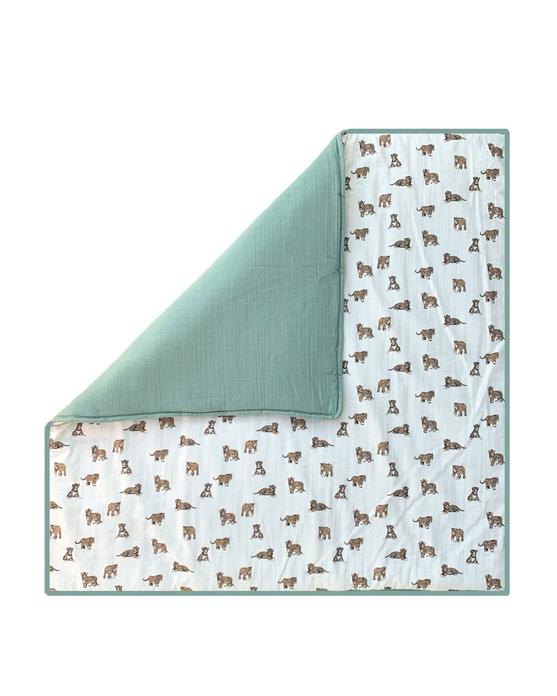 tapis de jeu carre au motif tigre pour bebe milinane