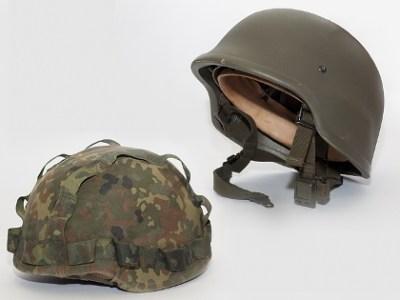 Casco da combattimento moderno delle forze armate tedesche
