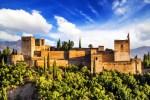قلعة قصر الحمراء في غرناطة في اسبانيا