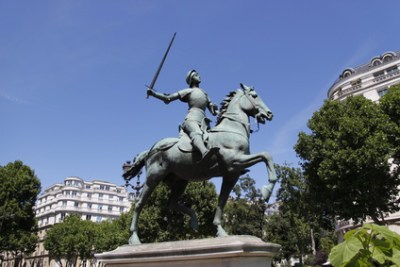 Statue von Jeanne d'Arc in Paris
