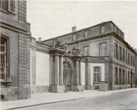 Das Palais Thurn und Taxis in Frankfurt, Sitz des Bundestages, um 1900