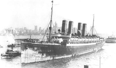 The Kaiser Wilhelm der Große reaches the port of Hoboken
