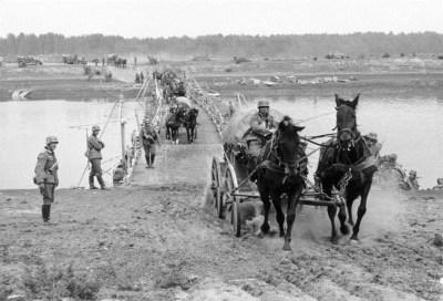 波兰,在河流穿越的有盖单位