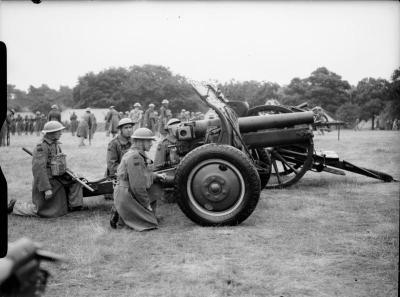 Une unité néo-zélandaise avec un obusier QF de 4,5 pouces en Grande-Bretagne 1940