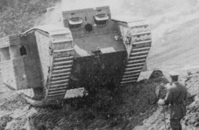 Марк III Панцер во время испытания на территории