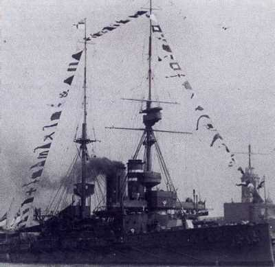 HMS Prince of Wales 1912 a Portsmouth