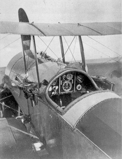 Bristol Scout D avec deux mitrailleuses latérales