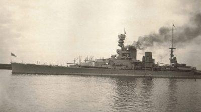 HMS Renown a Fremantle, Australia Occidentale intorno al 1927