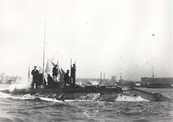HMS Holland 1b