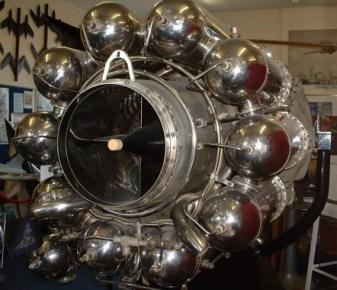 Whittle_Jet_Engine_W2-700