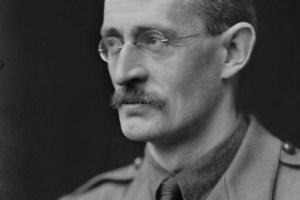 William_Beach_Thomas_1917-(1)