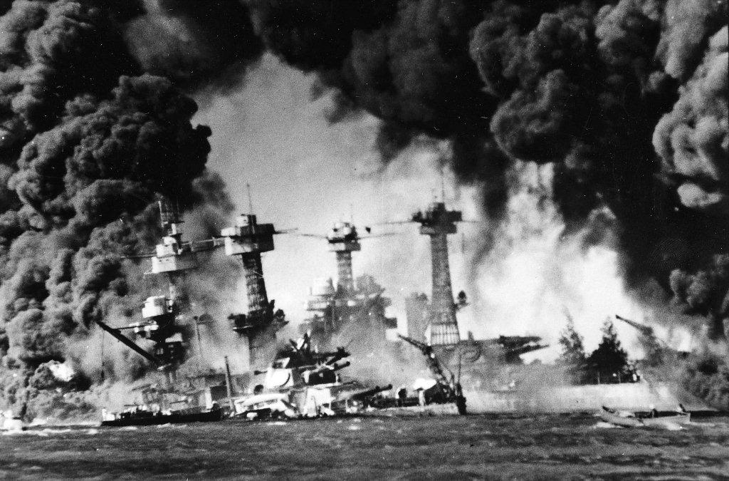 https://i1.wp.com/www.military-history.us/wp-content/uploads/2012/12/Pearl-Harbor.jpg