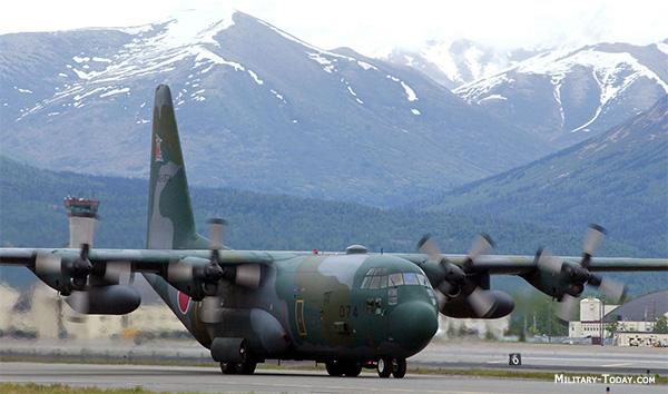Картинки по запросу C-130 Hercules