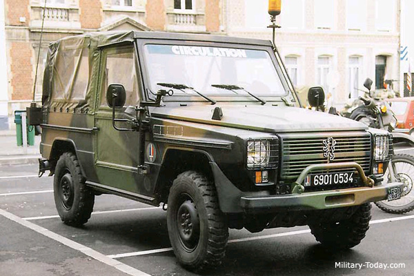 https://i1.wp.com/www.military-today.com/trucks/peugeot_p4.jpg