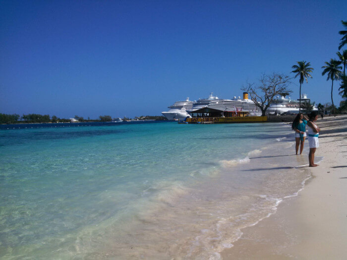 Beautiful Beach Nassau Bahamas Cruise the Caribbean with a Military and Veteran Discount