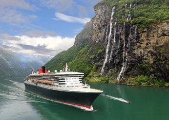 CruiseshipinFjordsNorwayMilitaryCruiseDeals