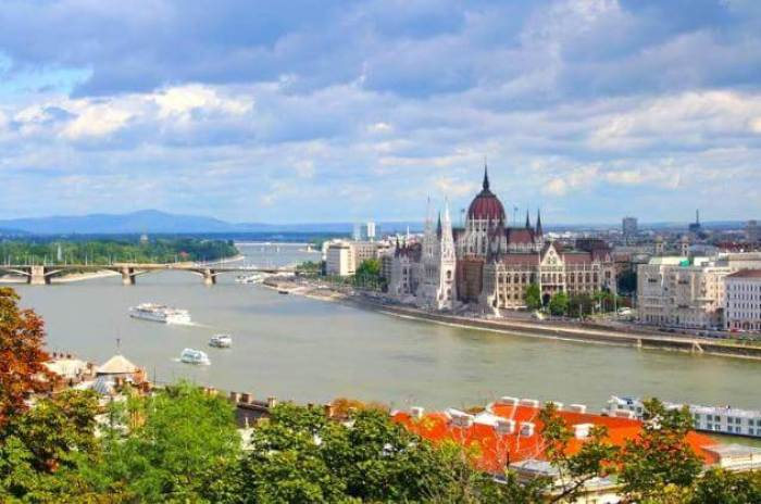 find deals Budapest On The Danube
