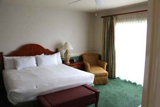 Shades of Green Junior Suite Bedroom