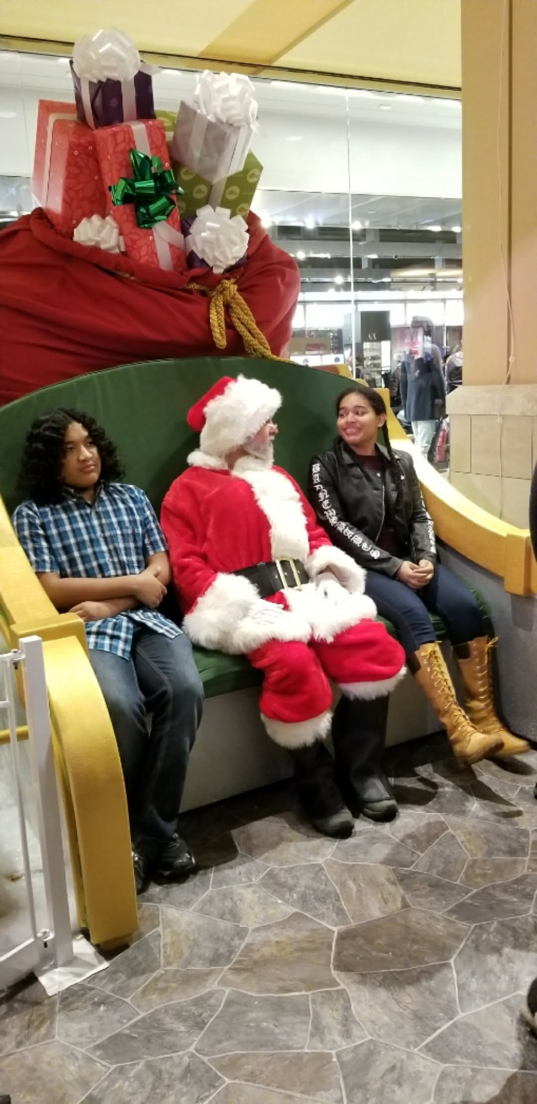 Visiting Santa is a Great Family Tradition