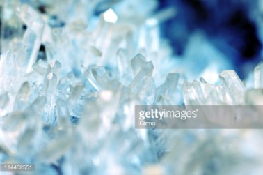Plants, Crystals, Charms & Herbs that Bring Peace, Wealth and Abundance to your Life: Quartz