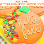 How to Make Beautiful Pumpkin Harvest Cookies.This is a super easy and quick recipe for Fall cookies. The script and sprinkles give these cookies a gourmet look!! Thanksgiving day cookies, Fall cookies, Pumpkin cookies