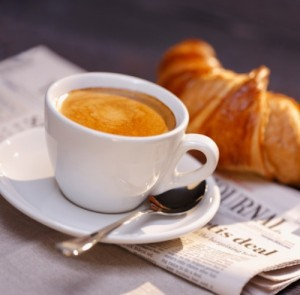 coffee-newspaper-wall-street-journal-croissant