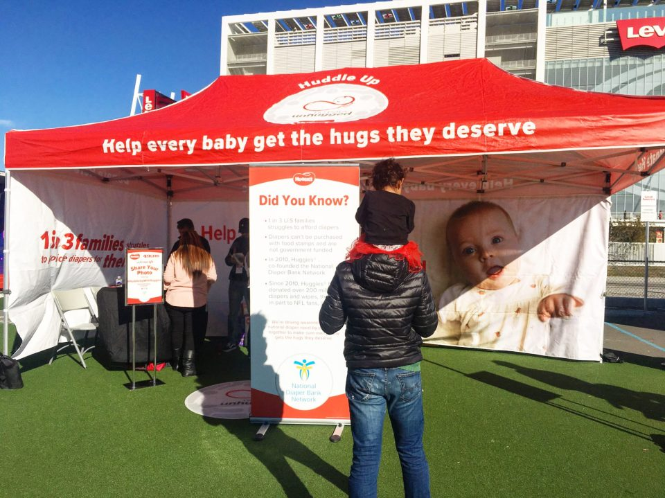 Help A Mother Out - Huddle Up with Huggies!