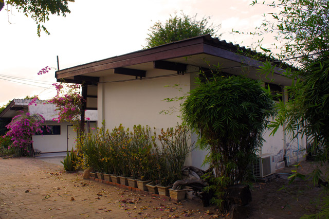 Phanasan-Hotel-Tak-1