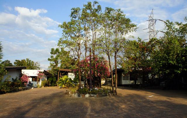 Phanasan-Hotel-Tak-2