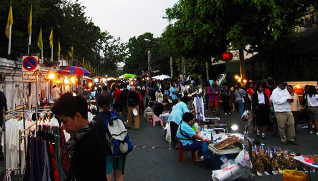 Sunday-Market-Chiang-Mai