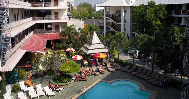 top-north-hotel-chiang-mai