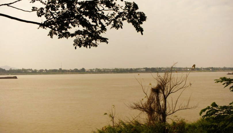 mekong-river-savannakhet-laos