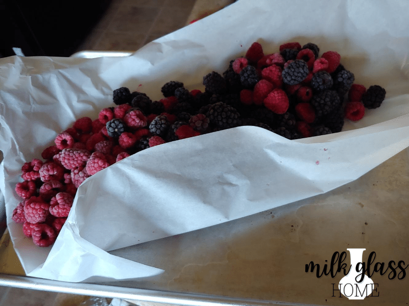 how to freeze berries parchment paper