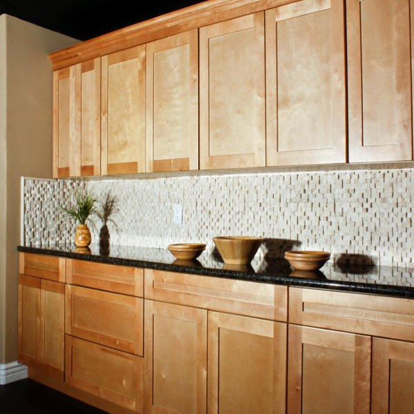 Solona Door Style Color Natural Maple | Millbrook Kitchen ... on Natural Maple Cabinets  id=66798