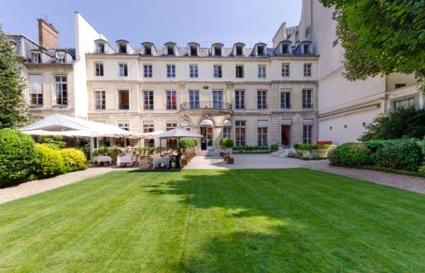 la-maison-de-l-amérique-latine-terrasse-dans-le-jardin-salle-de-mariage-paris-75-millemariages