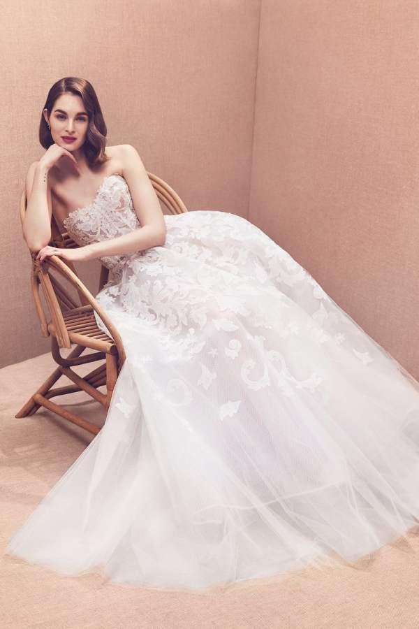 robe-de-mariee-oscar-de-la-renta-collection-mariage-2020-millemariages-10
