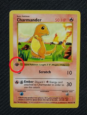 Une carte salamèche 1ière édition du set de base. Investir dans cette carte Pokémon vous coutera probablement très cher