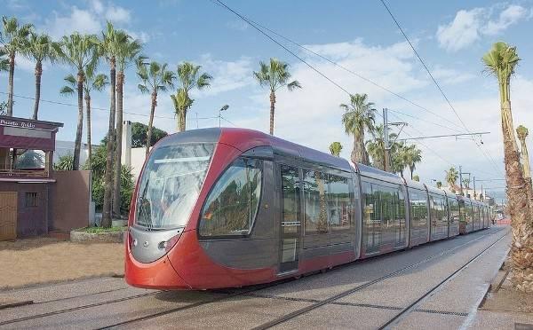 un tramway sur pneu marrakech pour un transport de qualit. Black Bedroom Furniture Sets. Home Design Ideas