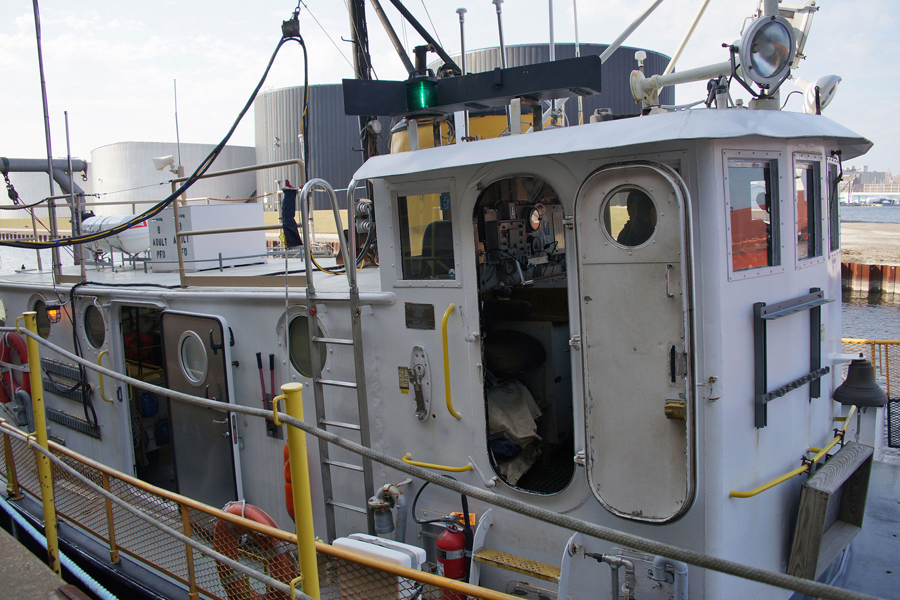 Research Vessel Neeskay A Vital Tool For Great Lakes