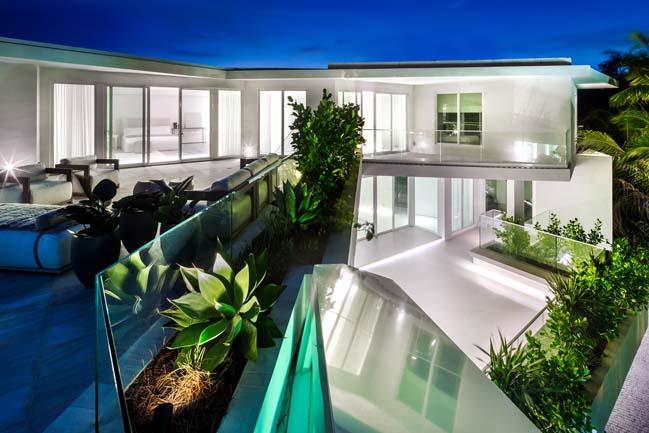 luxury-villa-in-golden-beach-11