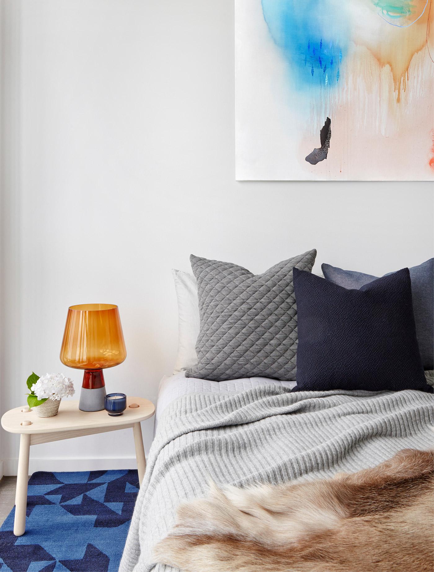 Graphite Apartment Mim Design
