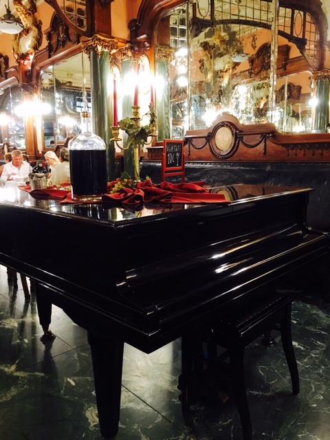 Oporto majestic piano