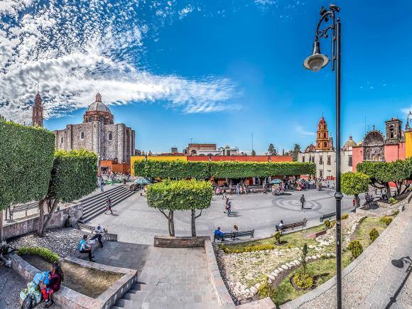 Plaza Civica