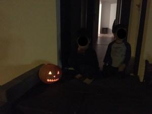 Unser Schmuckstück vor der Haustür - Kürbis schnitzen, Halloween