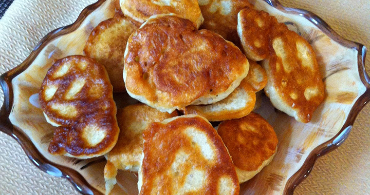 Albanian Fried Dough (Petulla me Vezë)