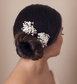 delicate wedding hair pins